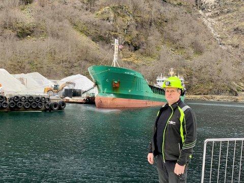 SPENT: Korleis saka om dei nye miljøkrava til båtar landar i Stortinget denne veka vil kunne ha veldig mykje å seia for framtida til Gudvangen Stein AS og dagleg leiar Frode Øvsthus.