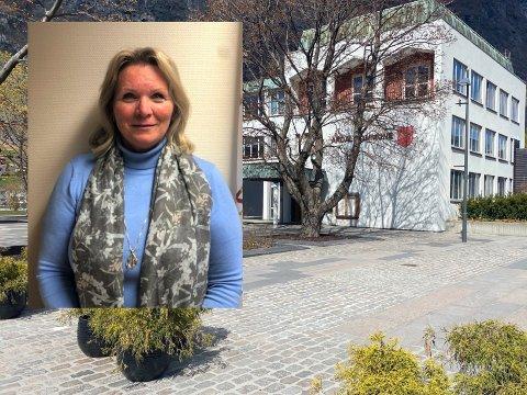 GREIP SJANSEN: Ellen Petrine Fretheim (58) blir smått historisk som ny kommunalsjef for heile det tekniske området i Årdal kommune.