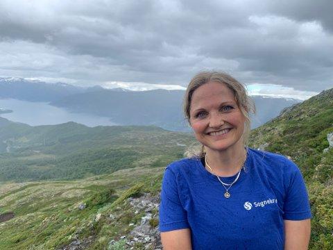 PÅ FRI: Assisterande kommunalsjef for oppvekst Bjarnhild Samland tok seg ein velfortent fjelltur torsdag etter at lærarkabalen i kommunen no er setla.