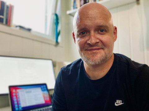PRISVINNAR: Olav Hove opplever suksess som lærebokforfattar.