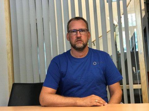 TØFFE TIDER: Fabrikksjef Tor Arne Fagerli seier at Norsun er hardt råka av koronautbrotet.