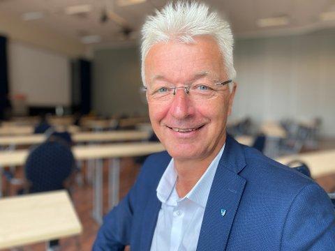 VESTLAND BESTÅR: Fylkesordførar Jon Askeland ser ingen nye opningar for å oppløysa Vestland fylke i den nye regjeringsplattforma.