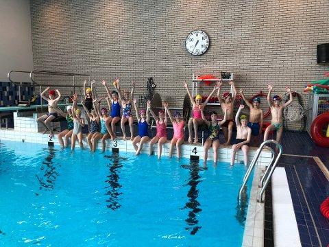 Det skal bli mye svømmeglede når Sola svømmeklubb inviterer til åpen dag. Bildet er fra svømme-SFO som klubben arrangerte i sommer.