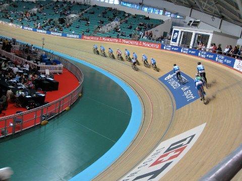 I fjor var en delegasjon fra Stavanger-regionen på besøk i København og Manchester for å se på velodromene der. Bildet er fra National Cycling Centre i Manchester.