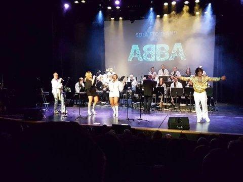 Sola storband har brukt ett år på å forberede Abba-showet og fikk i helgen lønn for strevet.