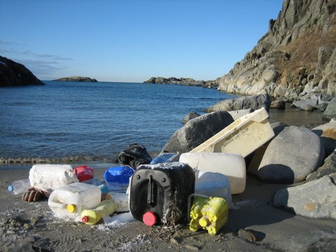Plastavfall er et av våre største miljøproblem, og neste uke blir det ryddedugnad over hele landet.