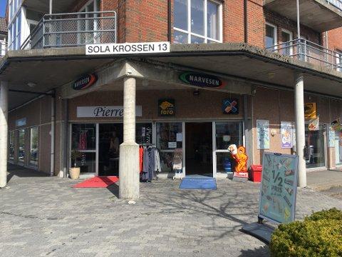 Kjøpmann Arulnesan Chrisantar slutter i jobben på Narvesen Solakrossen.