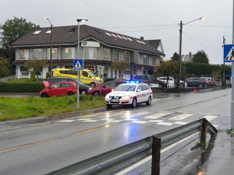 To biler kolliderte ved Tananger Ring torsdag.