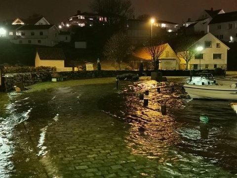 Sist uke var vannstanden svært høy i Tananger indre havn. Det er ventet høye vannstander også denne uken.