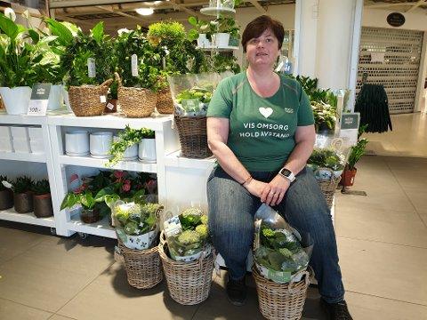 Hanne Beth Bratland tok over som butikkleder for Mestergrønn i Tananger 1. april.