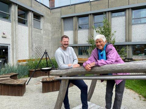 Bjarte Kristiansen og Turid Harbye Joa håper det gamle dagsenteret på Sola sjukeheim kan bli til en kantine.