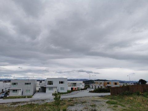 Det blir en del skyer, men grei temperatur de kommende dagene. Noe regn må også påregnes.