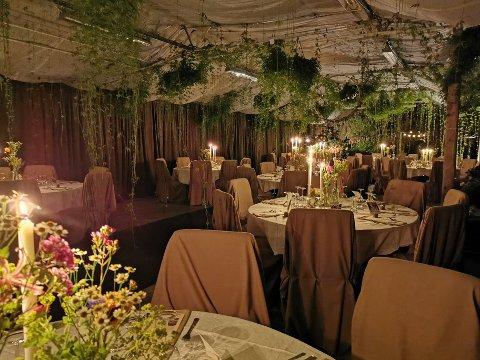 Drivhuset på Bærheim er blitt et populært sted både å feire bryllup og andre selskapeligheter. Nå søker stedet om utvidet skjenkebevilling.