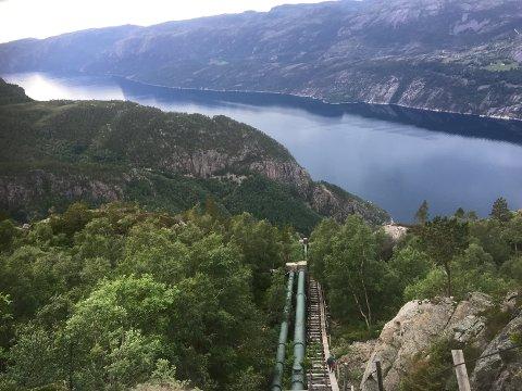 FRILUFTSDESTINASJON: Lysefjorden Utvikling, Stavanger Turistforening og Ryfylke Friluftsråd får til saman seks millionar kroner til ulike tiltak i Lysefjorden. Trappene i Flørli skal blant anna bli rusta opp.