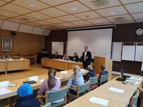 HAR SENDT INNSPILL: Barn og unges kommunestyret i Hjelmeland hadde møte onsdag og vedtok en liste med ønsker som er sendt til rådmannen og kommunestyret i Hjelmeland.