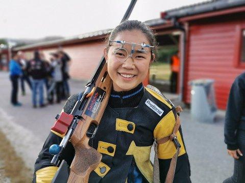 FULLT HUS: Linn Christine Vatland skaut 100 av 100 i Landsskytterstevnet i kveld.