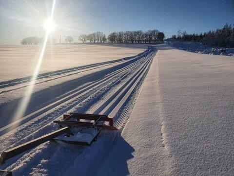 – GODE FORHOLD: Arne Alsvik kan ikkje hugsa at folkehjelpa tidlegare har kjørt opp skiløyper på Leite over Jørpeland.