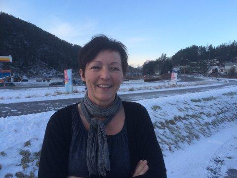 REKORDMANGE LÆREPLASSAR: I år er det gode mulegheiter til å skaffa seg læreplass lokalt, fortel Bente Kjos-Wenjum, som er opplæringskonsulent i RYTOPP.
