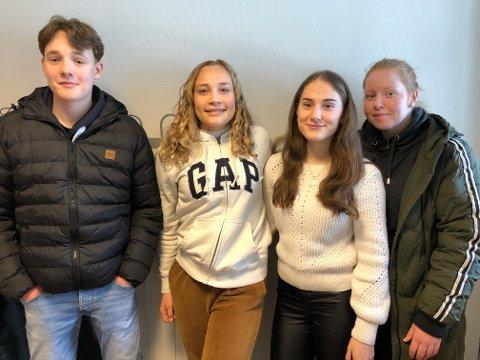 LITE TVIL: Simen Rustad Hauge, Iselin Svendsen, Milica Divjak og Madelen Kvame har allerede satt seg et yrkesmål.