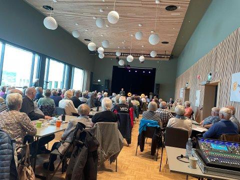 Det var veldig mange som ønsket å delta på paneldebatten som ble arrangert i Steinkjer mandag fra kl 12-14.