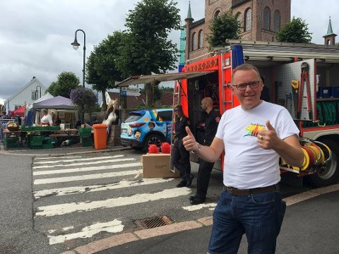 Johnny Høydahl er leder for komitéen som arrangerer Svelvikdagene, og er storfornøyd med årets festival.  Her er han avbildet under fjorårets Svelvikdager.