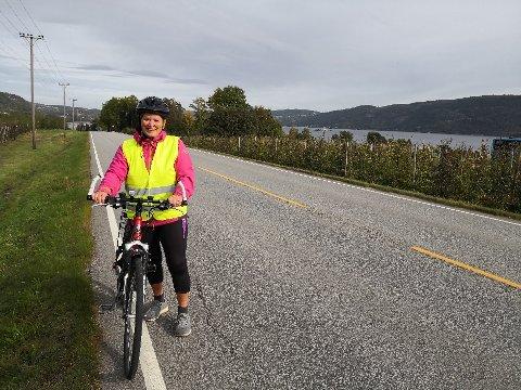 Torunn Risan Taranger sykler Svelvikveien mellom Drammen og Svelvik ofte - men med hjertet i halsen.