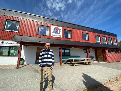 SVELVIKS E-SPORT-GENERAL: Martin Tharaldsen har utvilsomt vunnet frem blant lokale ungdommer og sponsorer.