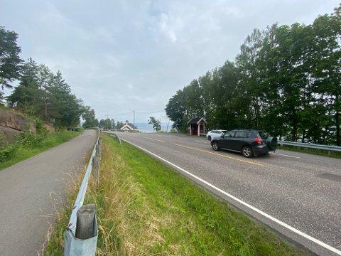 Denne «overgangen» er blant dem som bekymrer mange i Nesbygda. Men ingenting vil gjøres med saken, sier fylkeskommunen.