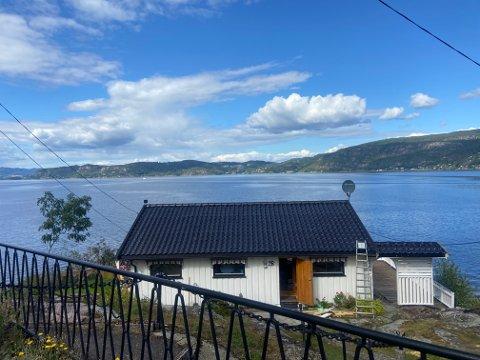 Denne hytta, med den nydelige utsikten ut mot Drammensfjorden, ble solgt før den i det hele tatt ble lagt ut på markedet.