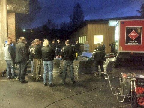 Grunnopplæring: Her får mannskap i Midt-Telemark brann-og redningstjeneste opplæring av IUA Telemark.foto: privat