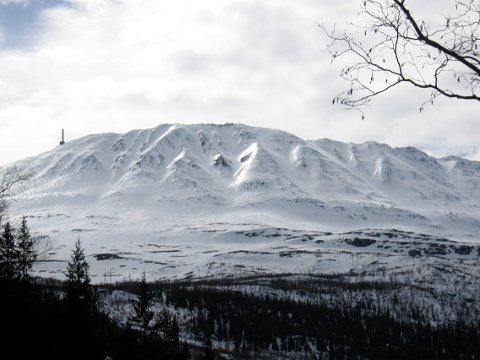 Oslo tingrett mente at overføringen av forsvarsanlegget på Gaustatoppen til Tinn kommune ikke utløser forkjøpsretten til grunneierne. Nå anker grunneierne.  (NTB scanpix)