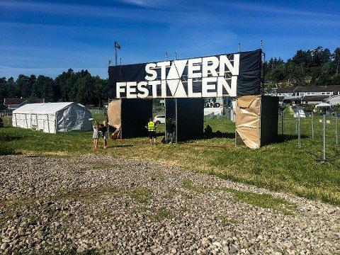 Stavernfestivalen må gjøre omrokkeringer i programmet for den siste dagen, etter at en av headlinerne har meldt avbud. Foto: Terje Svendsen, Østlands-Posten