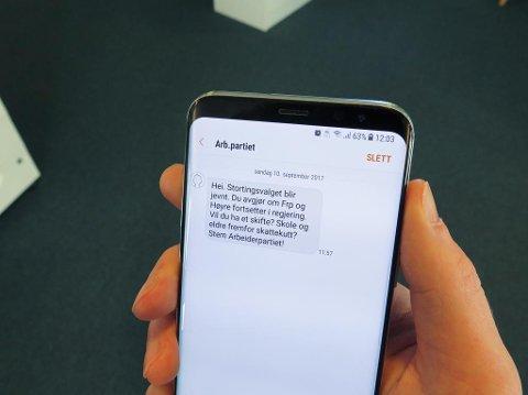 Her er SMS-en Arbeiderpartiet har sendt ut til 500.000 nordmenn søndag. Foto: Alexander Winger (Nettavisen)