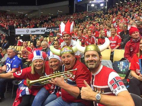 VM-GROSSIST: Rune Eikeland, eller «Rune Tribune» om du vil, har sett to kamper live under årets håndball-VM. Finalen skal han se på TV.