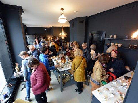 FULLT: Folk strømmet til utstillingen i Vestregate forrige lørdag og søndag.