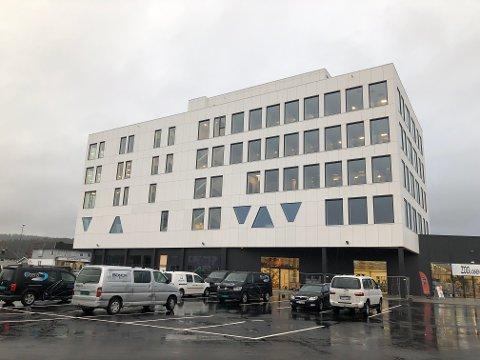 POPULÆR ARBEIDSPLASS: Coop har fått 413 søkere til jobben som butikkmedarbeider og 90 søkere til stillingen som assisterende butikksjef til den nye Extra-butikken på Gråtenmoen. Foto: Per B. Johansen