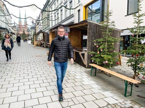 JULEHANDELEN: Daglig leder av Skien by forteller at julehandelen er viktig for at butikkene skal overleve.