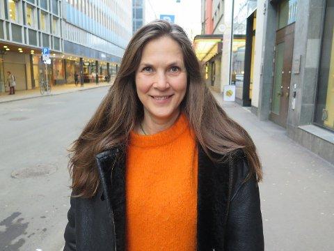 SEXOLOG: Bianca Schmidt er bekymret over at sex har blitt nok en arena man skal prestere på og mener pornografien må ta mye av skylden for at det har blitt sånn. Foto: Kjersti Westeng (Mediehuset Nettavisen)