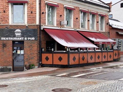 MILITARY BURGER: Military Burger holder til i de gamle lokalene til Carbiden. Nå ser det mørkt ut for etablering i Skien.