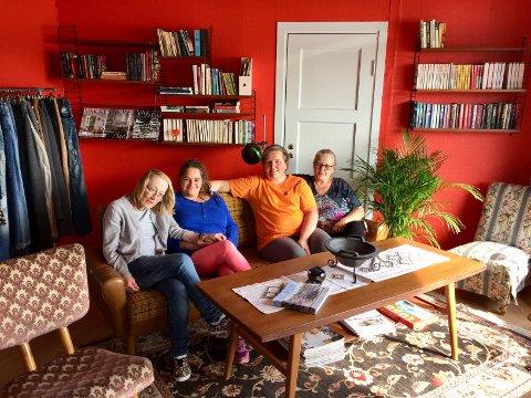 NY BRUKTBUTIKK: Tove Skui, Christell Hoff, Anne Kathrine Mjåtvedt og Anne Drangsholt Robinson gleder seg over å være i gang.