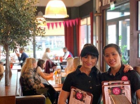 MYE Å GJØRE: De ansatte på spisestedene i Porsgrunn har opplevd en travel uke. Omsetningen for spisestedene har økt med 20-50 prosent i forhold til i fjor. Foto: Privat