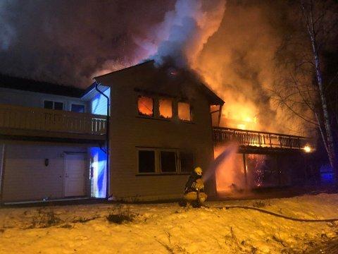17-åringen fra Telemark er siktet etter denne brannen på ungdomsinstitusjonen på Geithus. Foto: Thormod R. Hansen