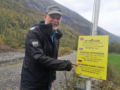 SPRÅKKLUSS: Arild Folkvang anbefaler at dette skiltet erstattes med ett som det er lest korrektur på, og da på både engelsk og tysk.