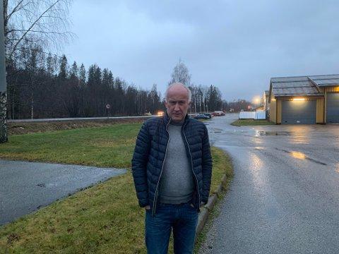 VEIPAKKE: Jan Thorsen mener at det er nødvendig med en egen pakke fra staten til fylkesveier.
