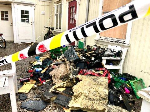 TOK FYR: Politiet har så langt ikke konkludert i etterforskningen av boligbrannen i Lundegata for snart tre uker siden.
