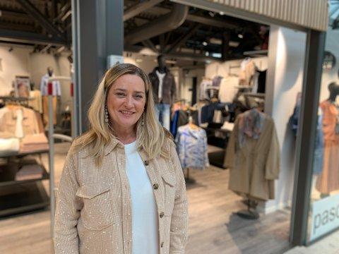 SATSER: Trude Westøl hos Pasquinelle på Down Town. Til helgen lanseres også nettbutikk.