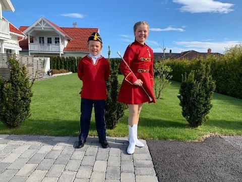 KLARE FOR 17. MAI: William og Emma Hommedal Loberg i Klyve skolekorps er klare for å marsjere og skape stemning i gatene på 17. mai. FOTO: HELGE BJERTNES