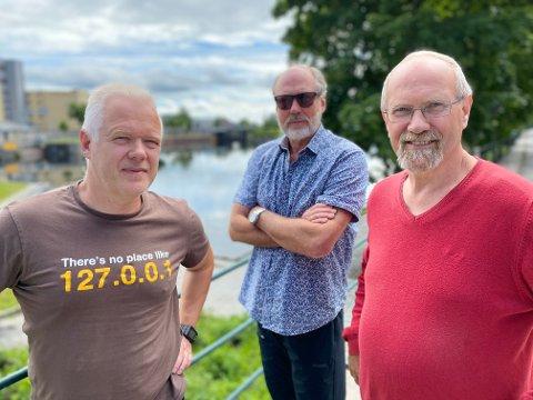 GAMBLING: Partiet Rødt, ved Rune Mathisen, Ørnulf Hjort-Sørensen og Ole Roger Dyrkorn, krever at industrien i Grenland må bli hørt. - Vi kan ikke tillate at det blir gamblet med industrien i Grenland, sier de.