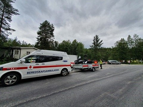 LETEAKSJON: En mann i 60-årene er savnet etter fjelltur. Foto: Røde Kors