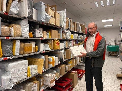 Kjell Terje Sviggum på postkontoret i Skien. Bildet er tatt i forbindelse med en annen sak.